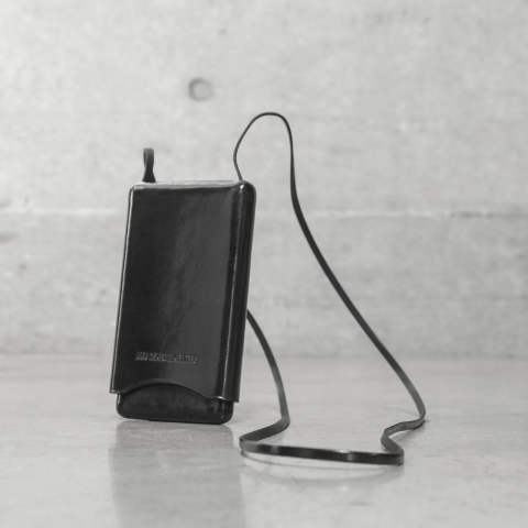 ANN DEMEULEMEESTER [1801-8224-330-099 / PHONE CASE MOULDED LEATHER]